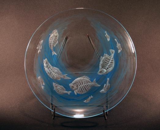 Rybí duše / negativní rytina doplněná barvou / průměr 30,5 cm